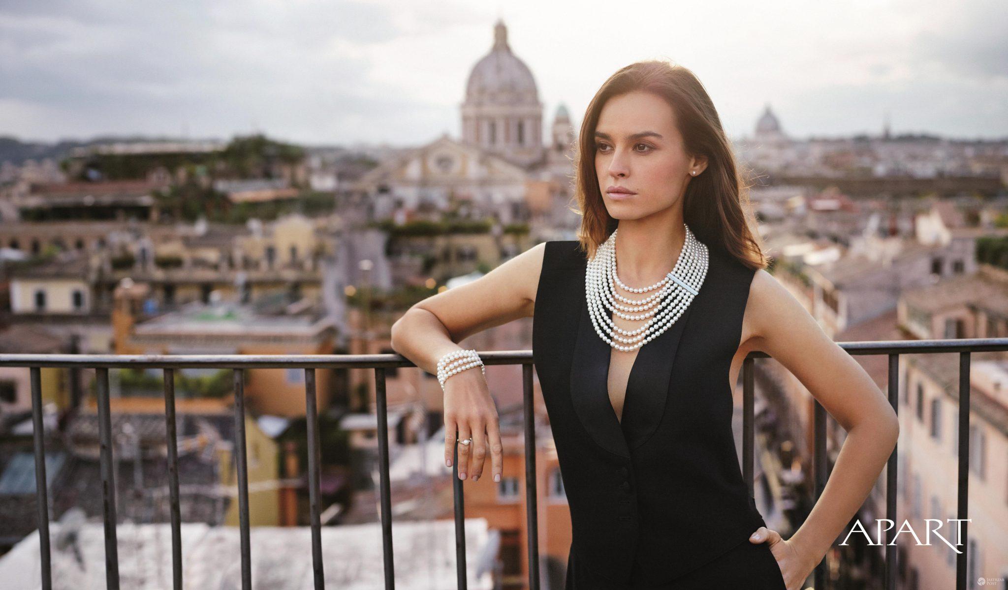 Katarzyna Smutniak w sesji Apart
