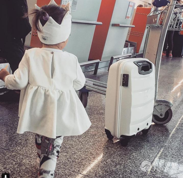 Kornelia Ignaczak na lotnisku