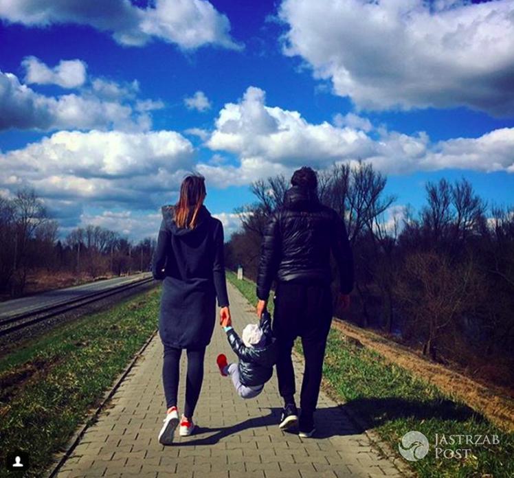 Paulina Krupińska i Sebastian Karpiel-Bułecka z córką Antoniną. Instagram