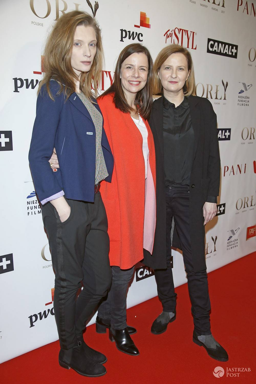 scena z: Agata Buzek, Agata Kulesza, Izabela Kuna odebrały nagrodę na Orłach 2017
