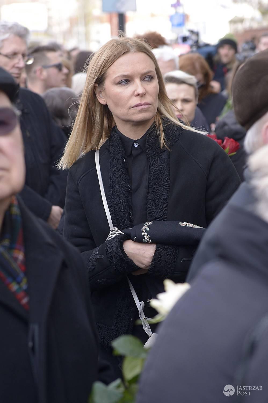 Paulina Młynarska na pogrzebie ojca, Wojciecha Młynarskiego