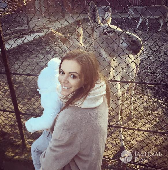 Anna Wendzikowska z córką Kornelią w zoo