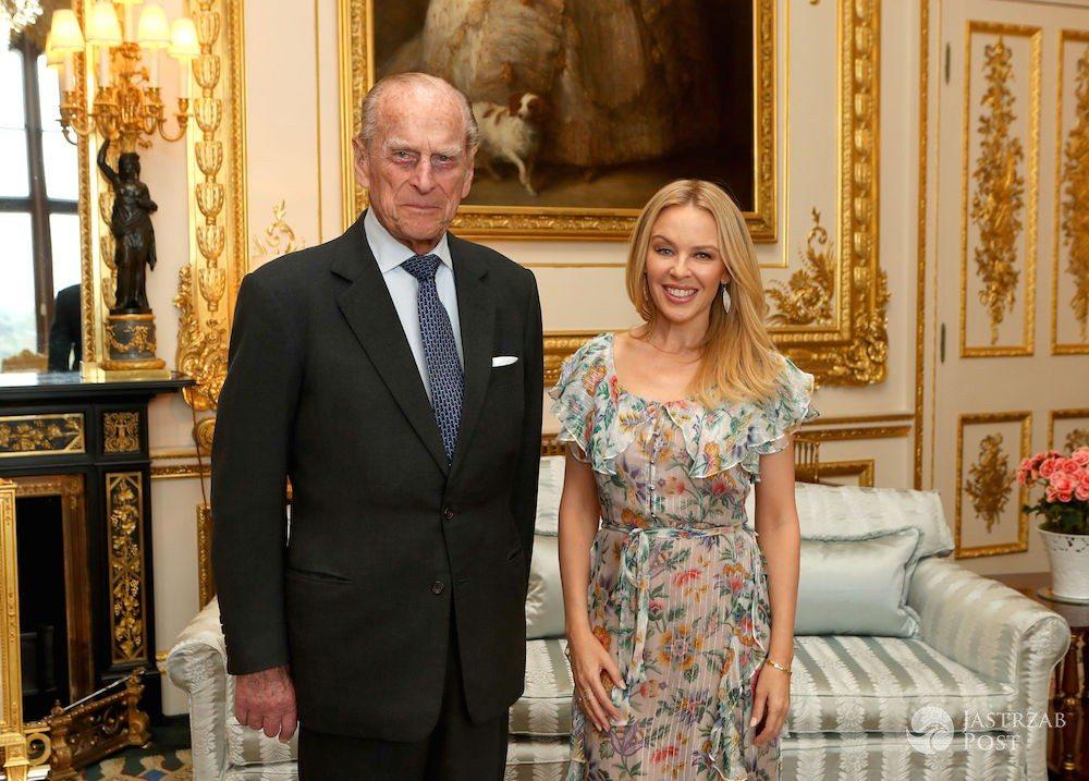 Kylie Minogue i książę Filip w zamku Windsorów