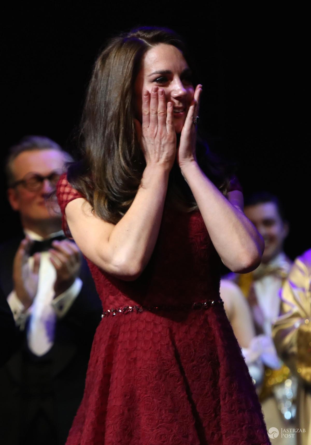 Księżna Kate w koronkowej sukni
