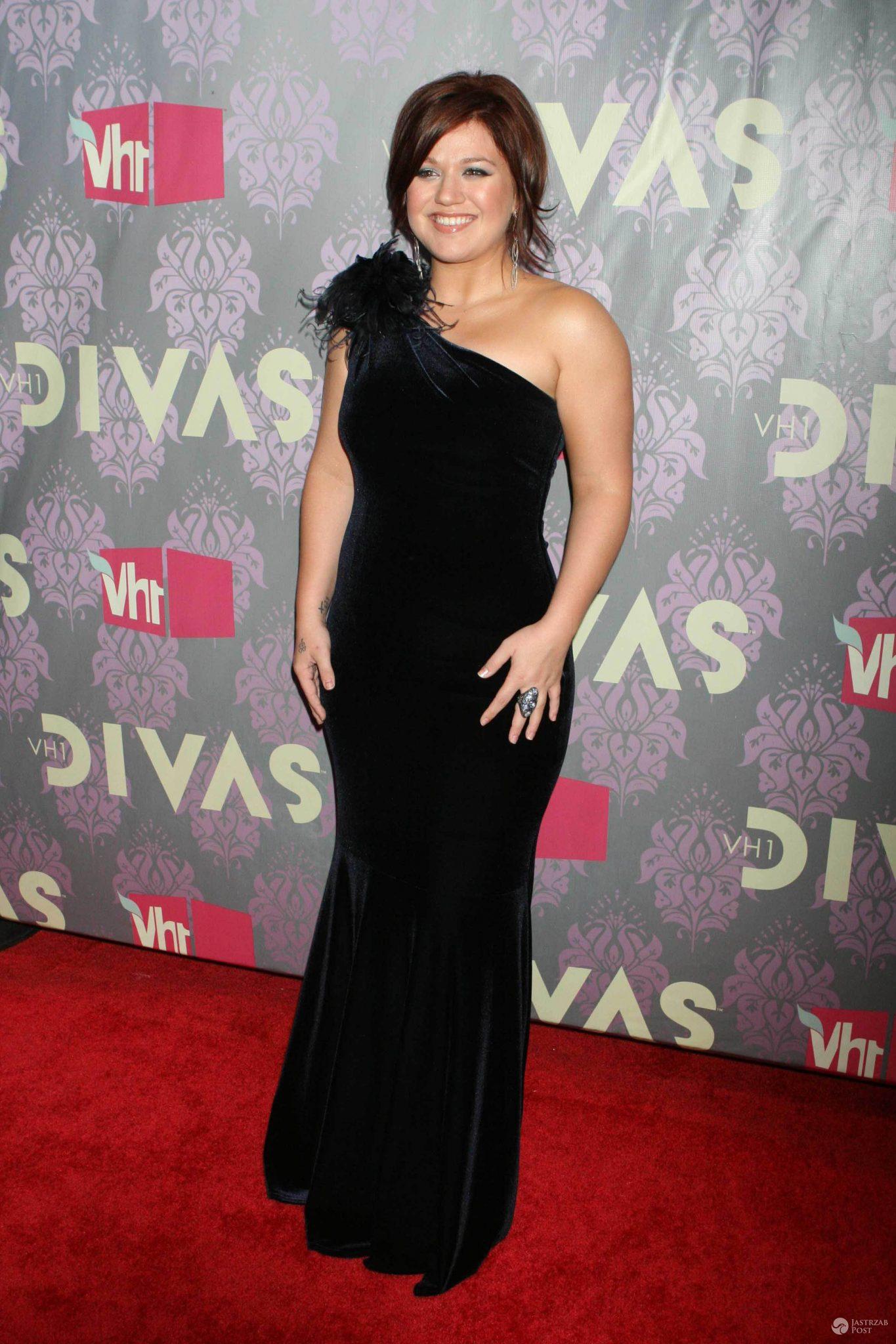 Kelly Clarkson urodziła się 24 kwietnia 1982 roku