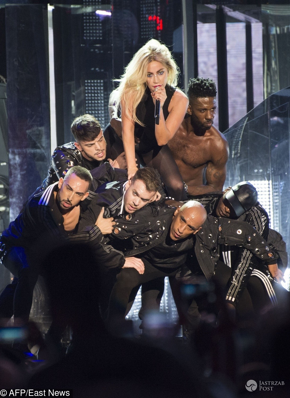 Lady Gaga na Coachelli 2017 zaśpiewała piosenkę The Cure