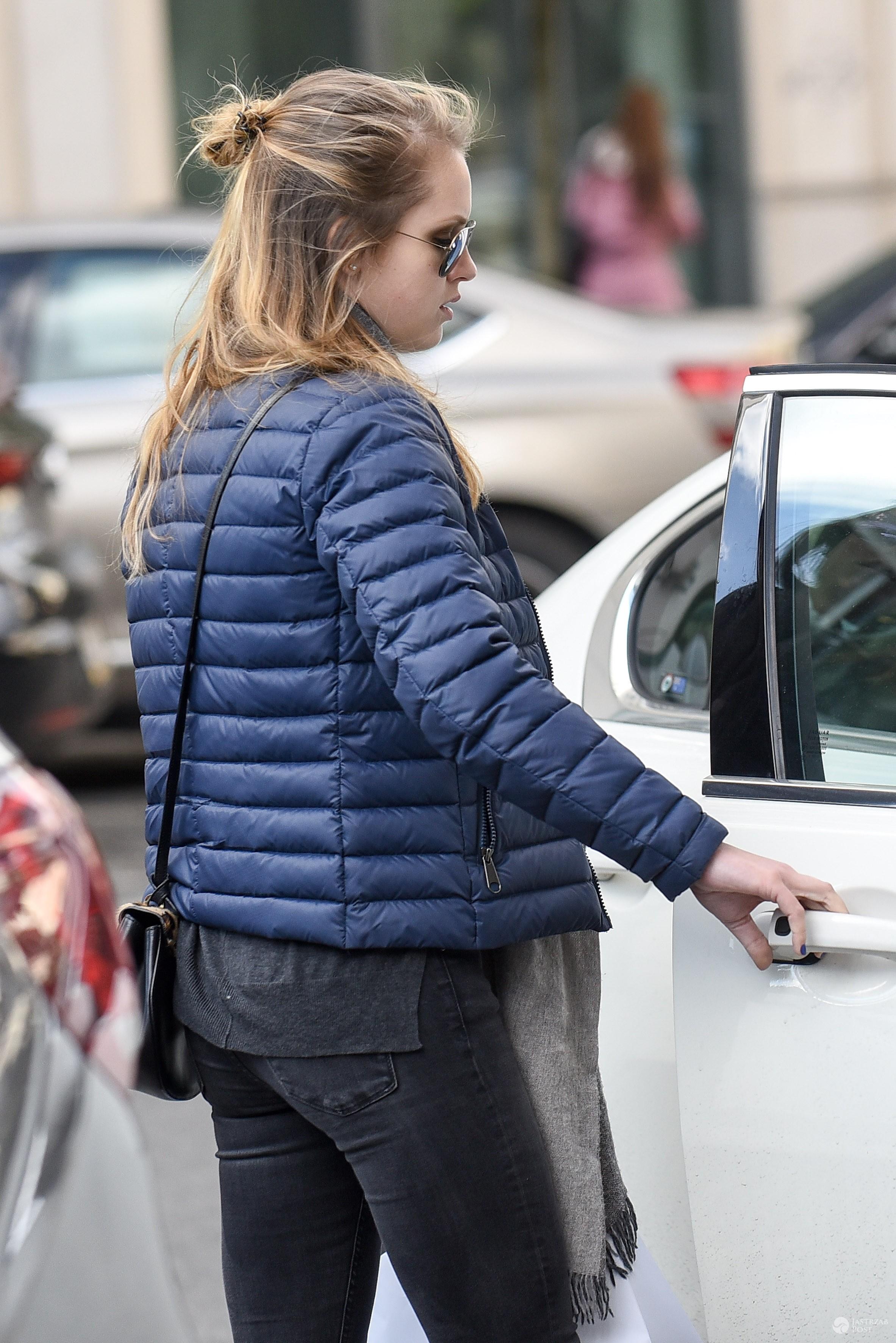 Pola Lis w pikowanej kurtce