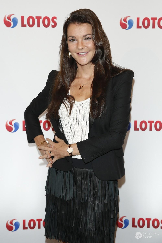 Agnieszka Radwańska w czarnej stylizacji