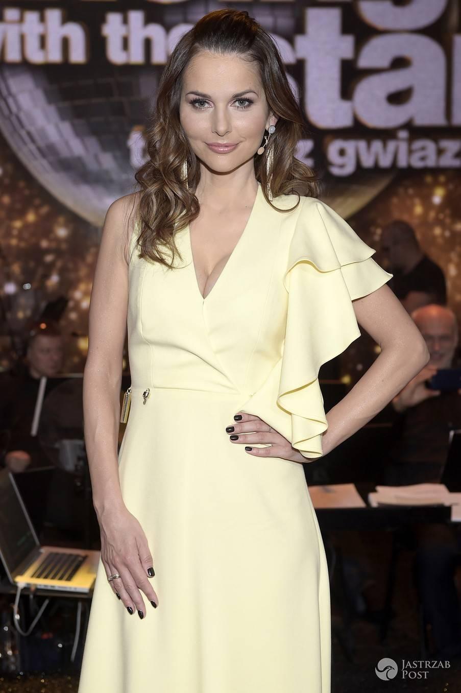 Paulina Sykut w cytrynowej sukni Marlu