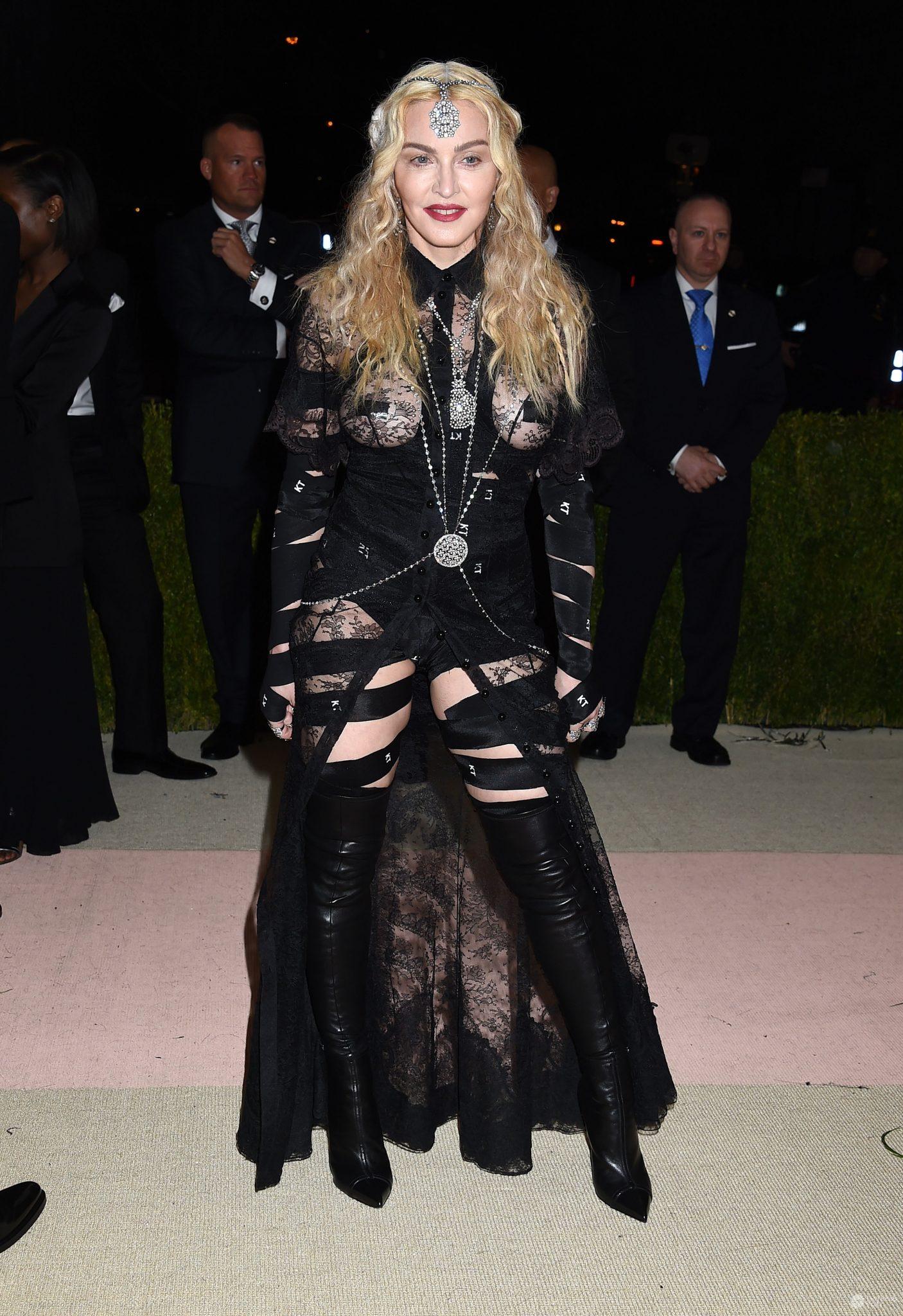 MET Gala 2016 Madonna