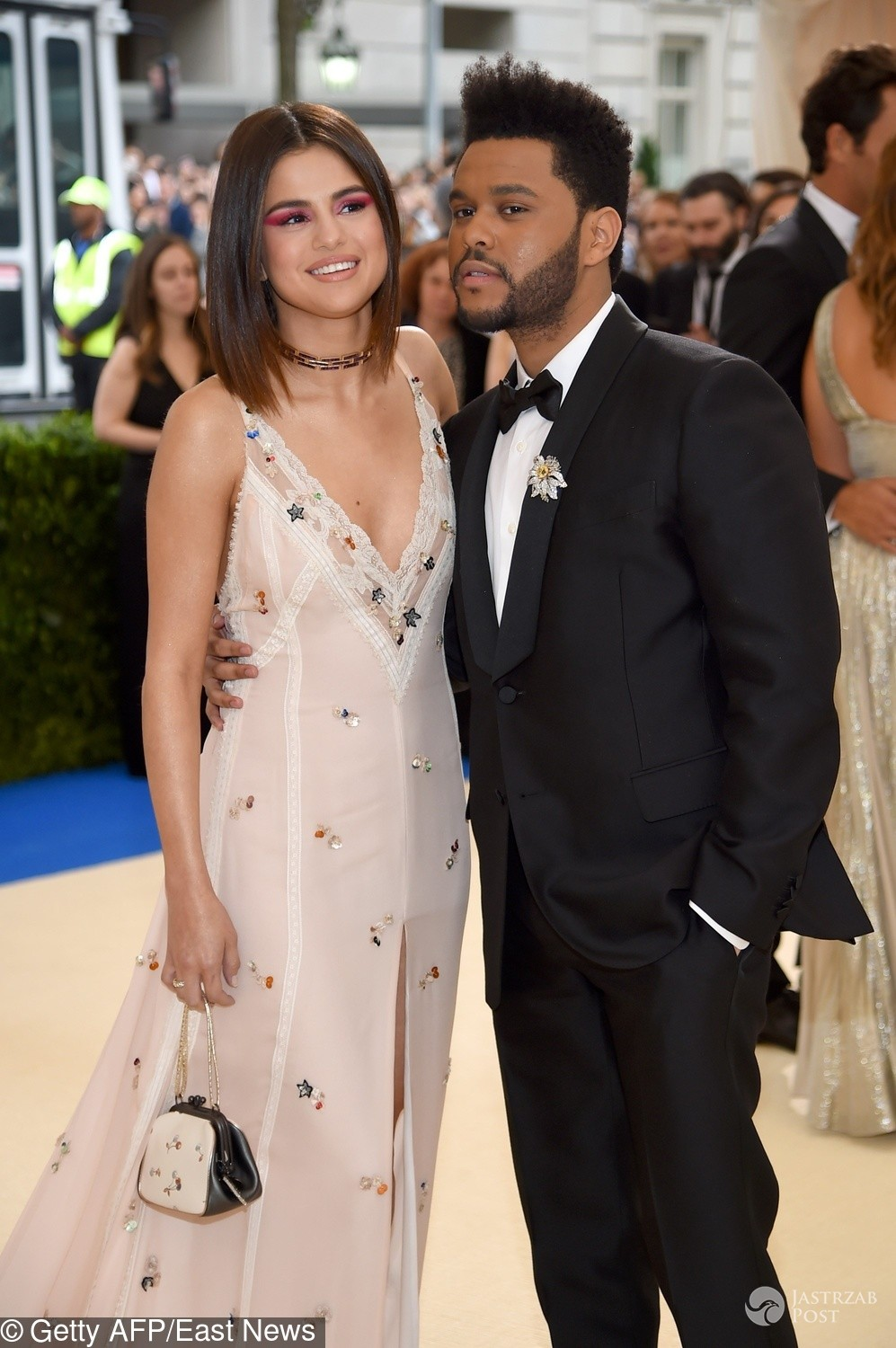 Selena Gomez i The Weeknd na MET Gala 2017