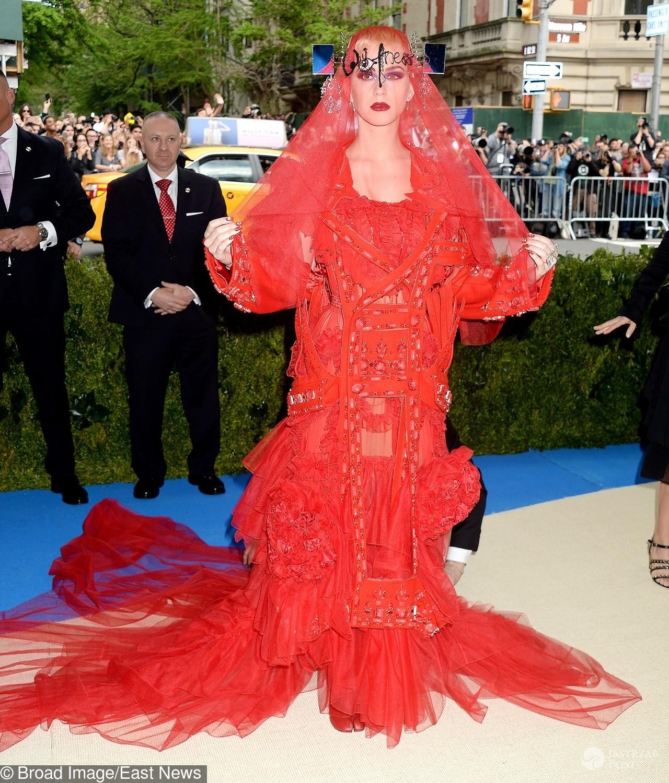 Katy Perry - MET Gala 2017, kreacja: Maison Margiela