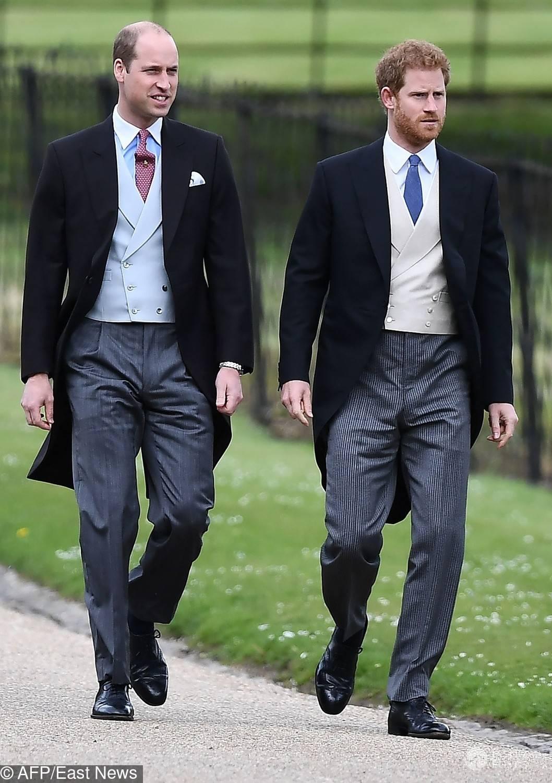Książę William i książę Harry na ślubie Pippy Middleton