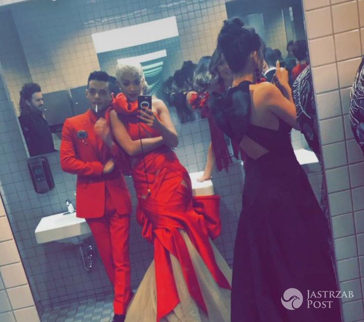Rita Ora zrobiła selfie na MET Gala 2017