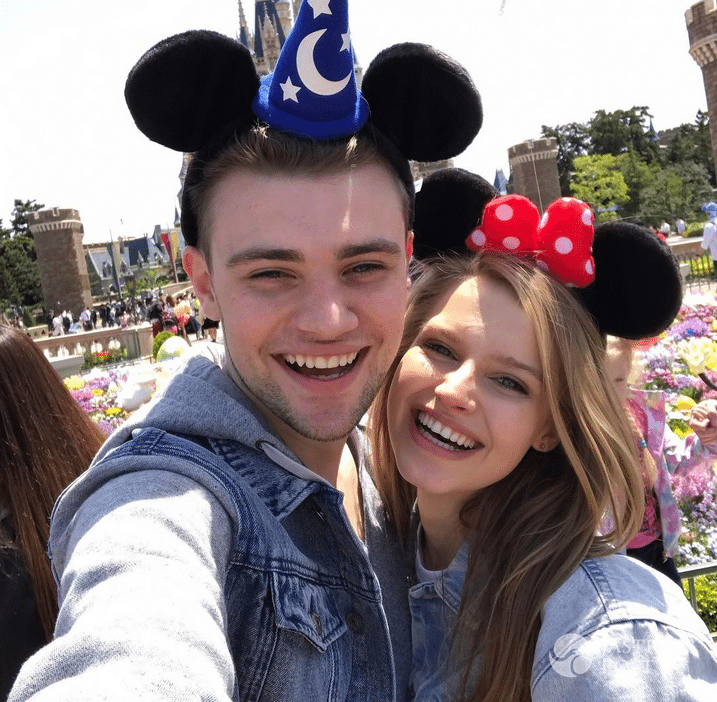 Karolina Pisarek i Damian Kordas w Disneylandzie