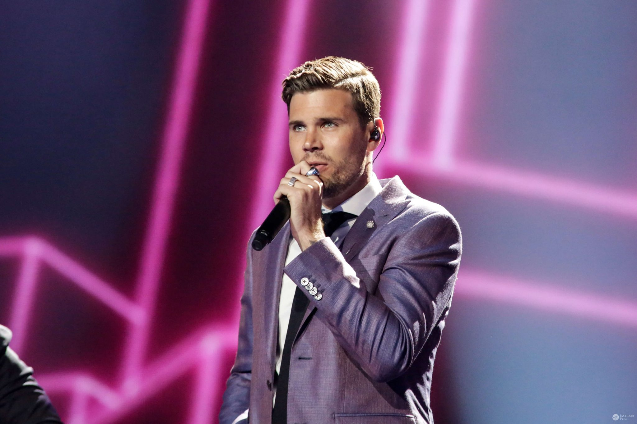 Eurowizja 2017 SZWECJA: Robin Bengtsson - I Can't Go On