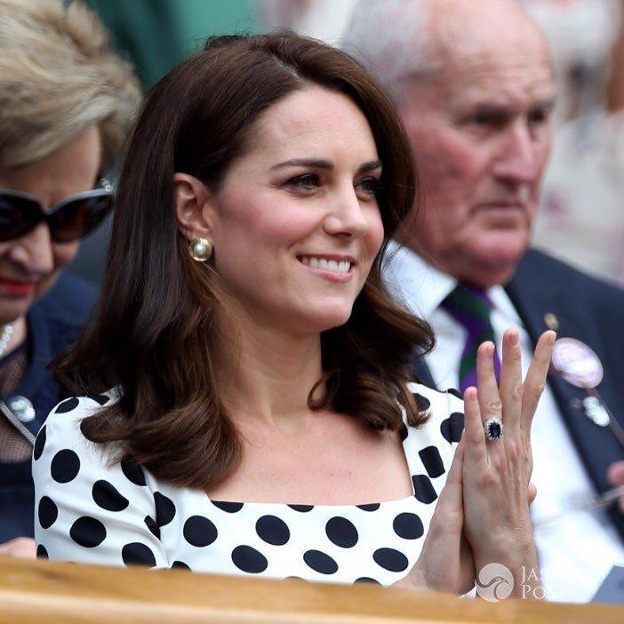 Księżna Kate w krótkich włosach na Wimbledonie