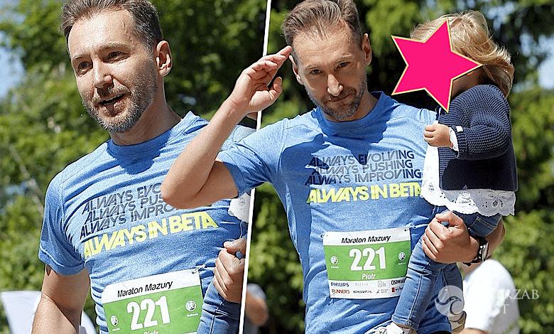 Piotr Kraśko z córką Laurą w maratonie