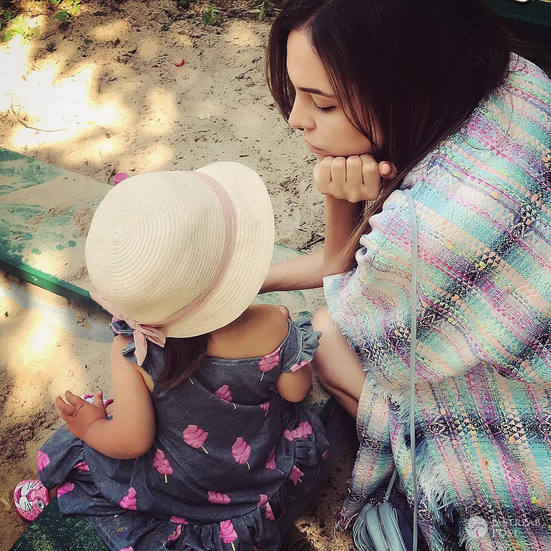 Anna Wendzikowska z córką na wakacjach