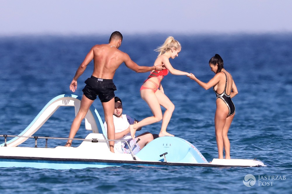 Kourtney Kardashian i Younes Bendjima w Saint Tropez