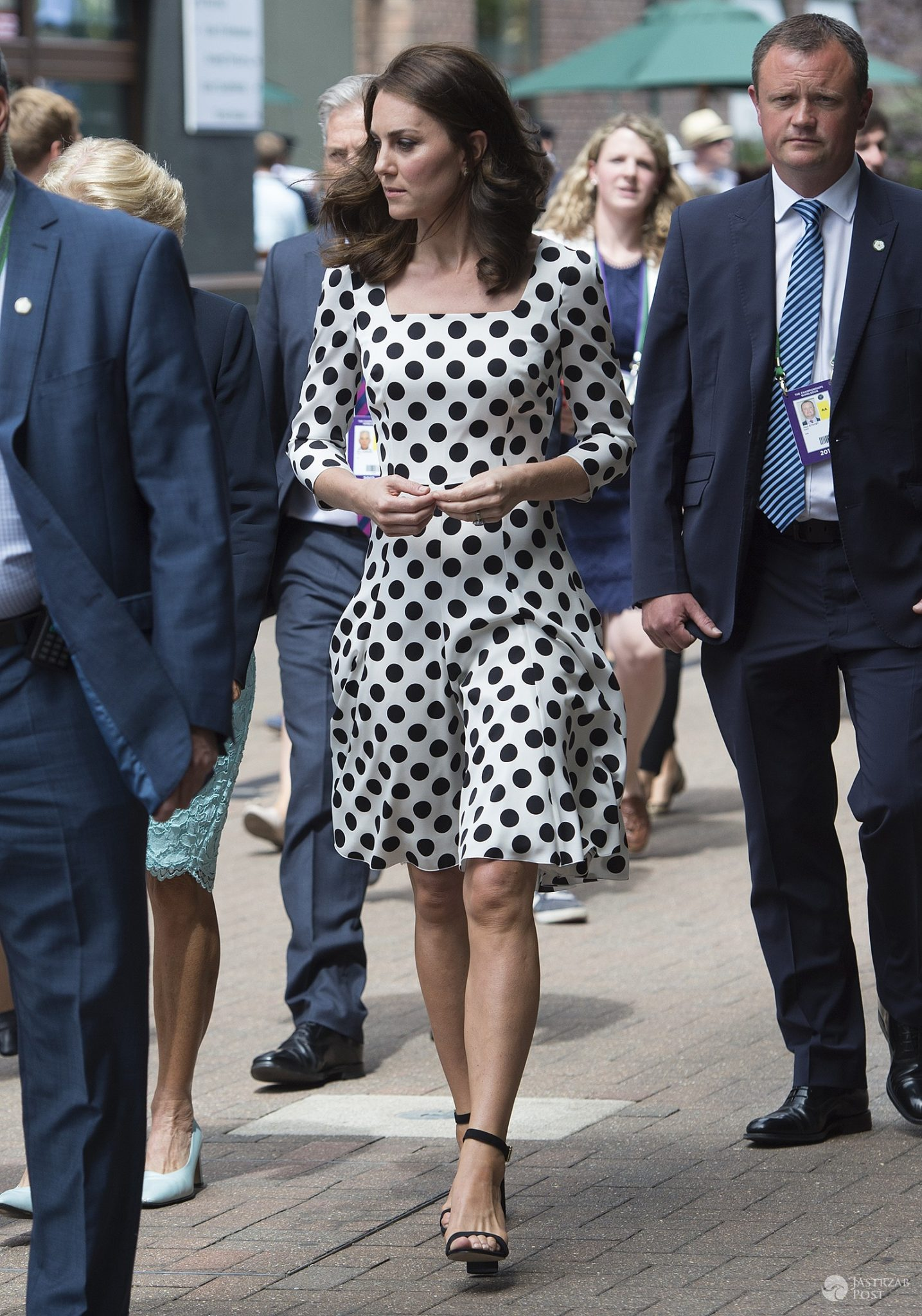 Księżna Kate w sukience w grochy