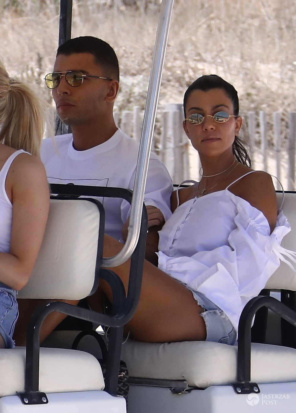 Kourtney Kardashian i Younes Bendjima w Saint Tropez