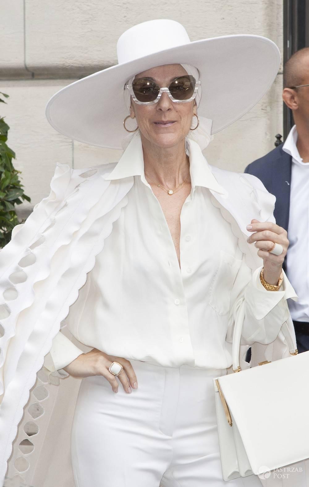Celine Dion z białym kapeluszem