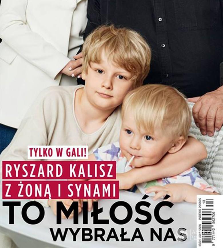Ryszard Kalisz pochwalił się synami na okładce Gali
