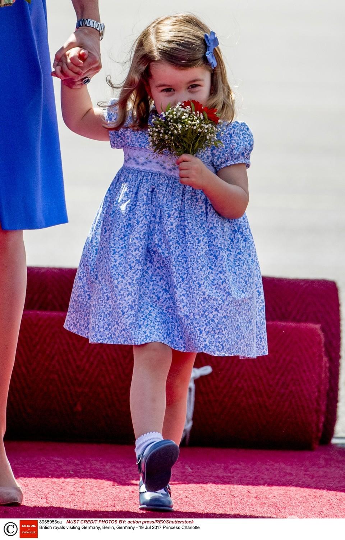 Charlotte w Niemczech dostała bukiet kwiatów