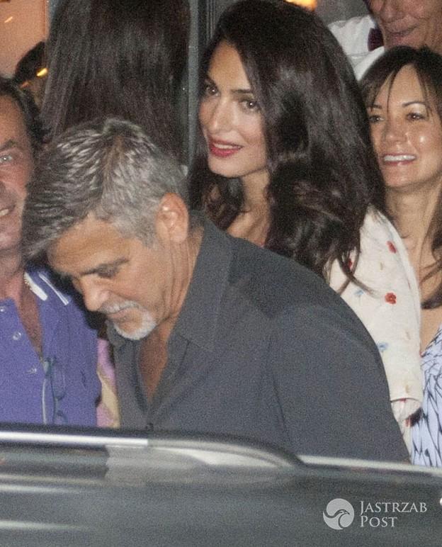 Amall Clooney po porodzie