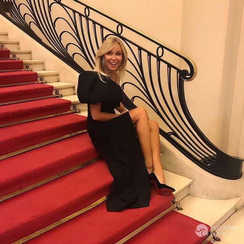 Joanna Przetakiewicz w kreacji Dawida Wolińskiego na pokazie Fendi