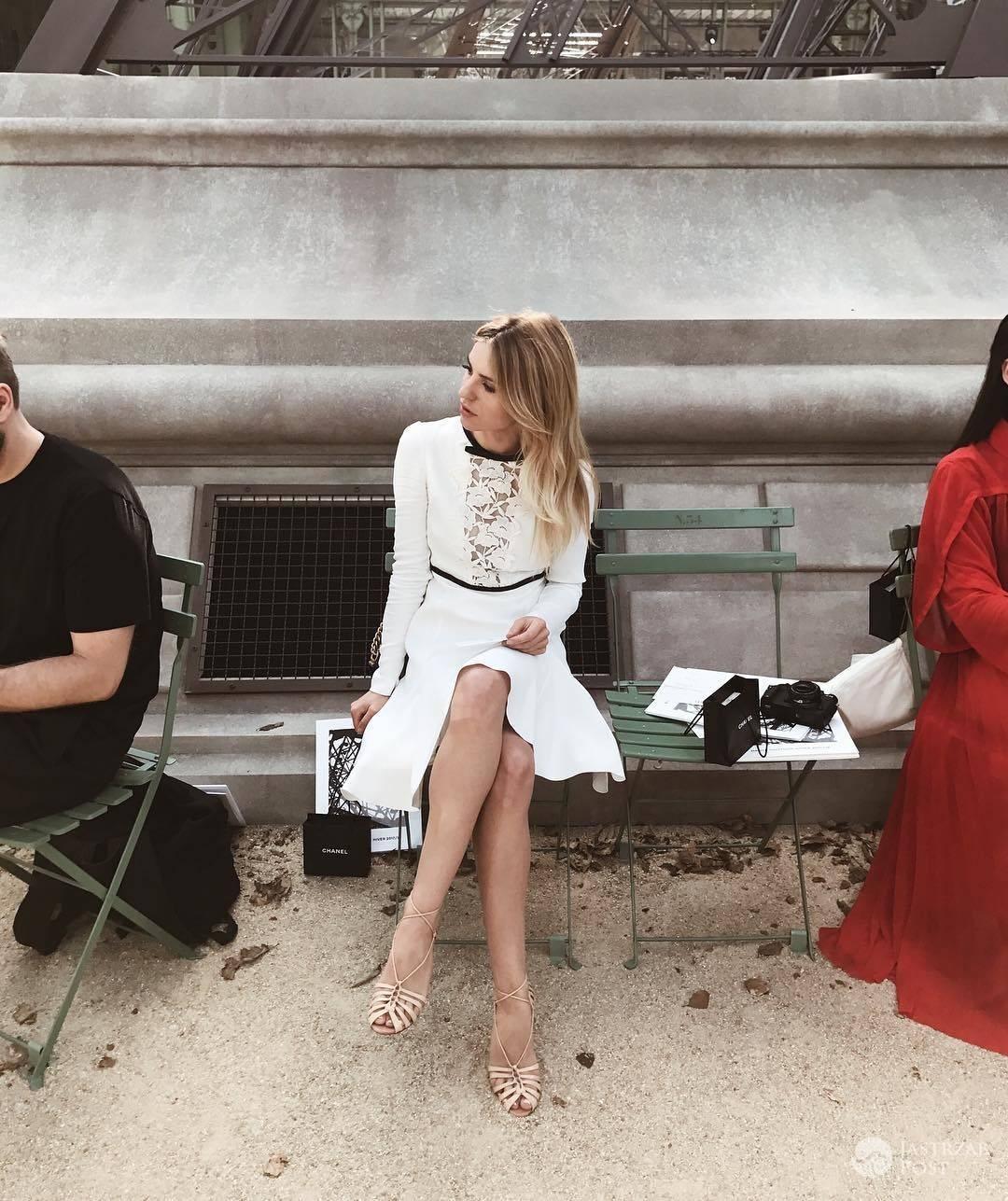 Kasia Tusk w jasnej kreacji na tygodniu mody w Paryżu