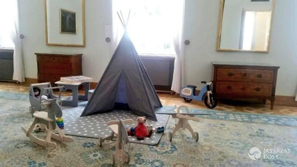 Pokój dla George'a i Charlotte w Warszawie