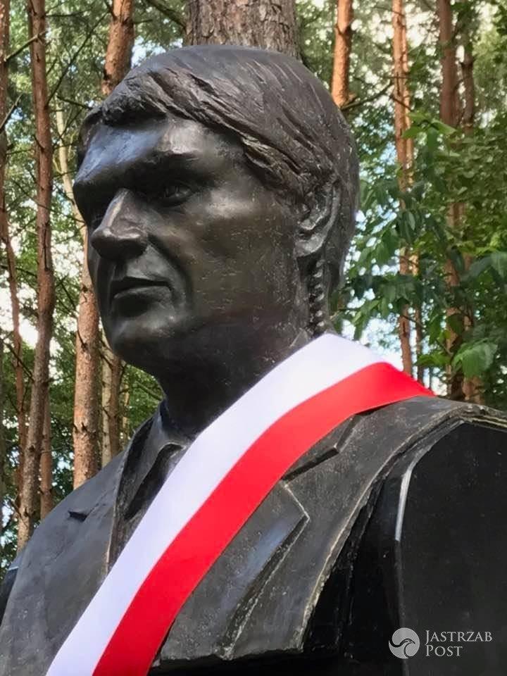 Kapitan Paweł Janeczek - pomnik w Ossowie