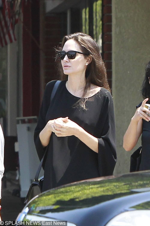 Angelina Jolie na zakupach