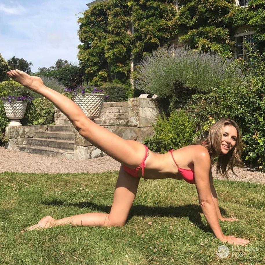 Elizabeth Hurley w bikini