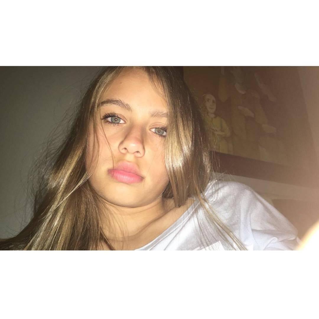 Oliwia Bieniuk powiększyła usta?