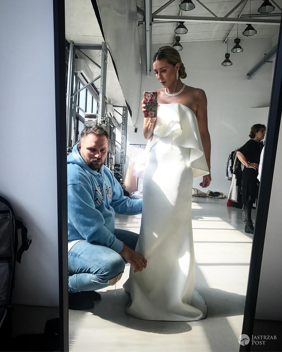 Małgorzata Rozenek mierzy białą suknię na rocznicę ślubu?