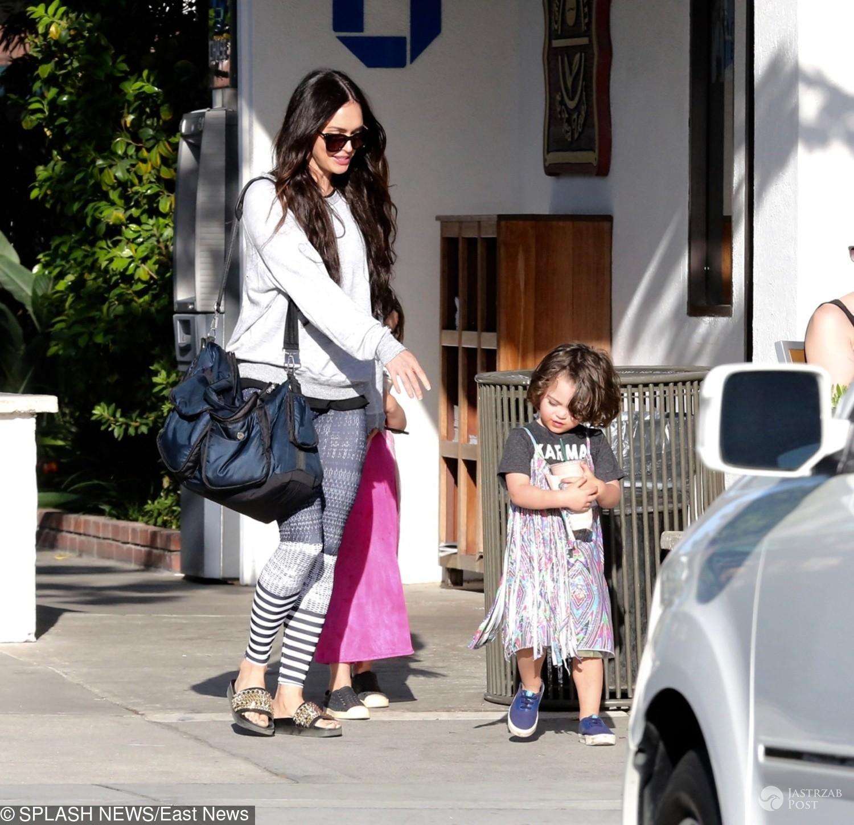 Megan Fox pozwala synom nosić sukienki