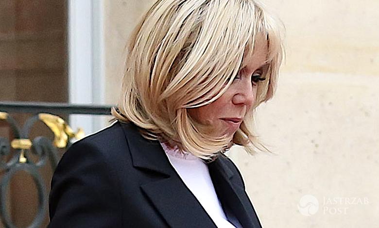 Brigitte Macron nogi