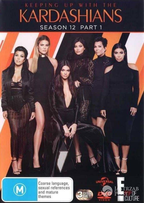 Prawdziwy rarytas! Wszystkie słynne siostry Kardashian kotłują się w jednym luksusowym łóżku! Dziewczyny mają wielkie święto! zdjecie 1