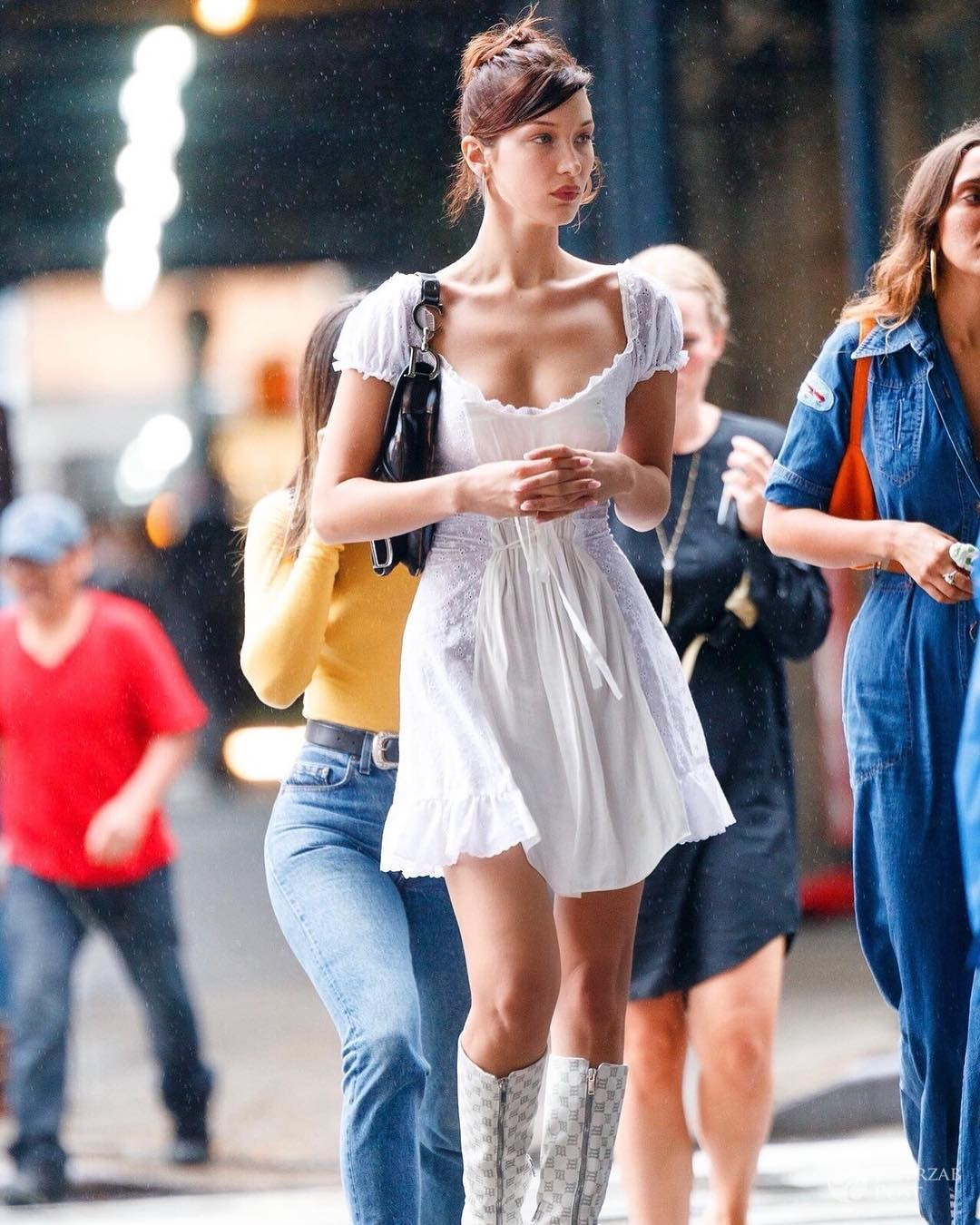 Bella Hadid w butach polskiej marki