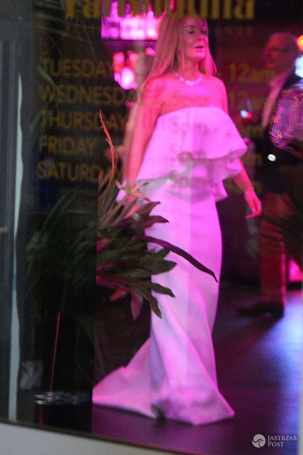 Małgorzata Rozenek świętowała rocznicę ślubu w białej sukni