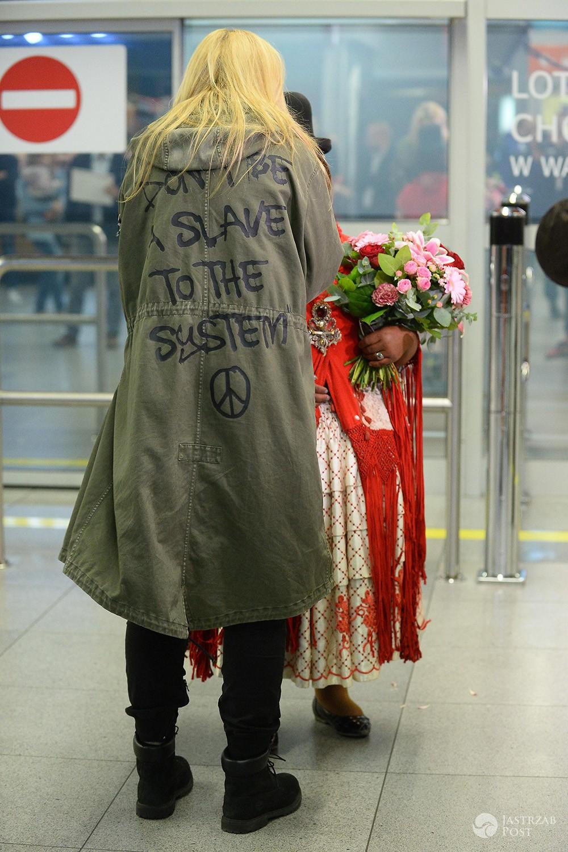 Martyna Wojciechowska na lotnisku