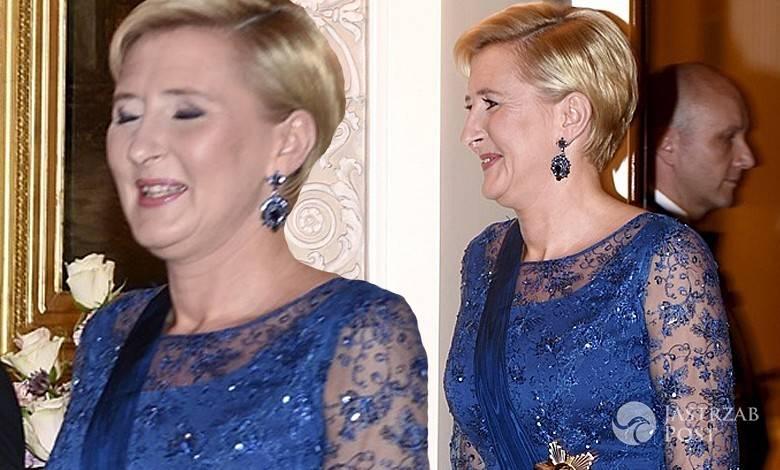 Agata Duda w niebieskiej sukni na obiedzie z parą prezydencką Finlandii