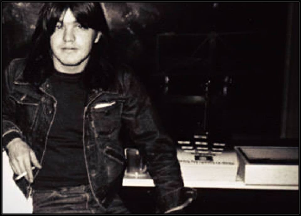 Malcolm Young nie żyje fot. Facebook