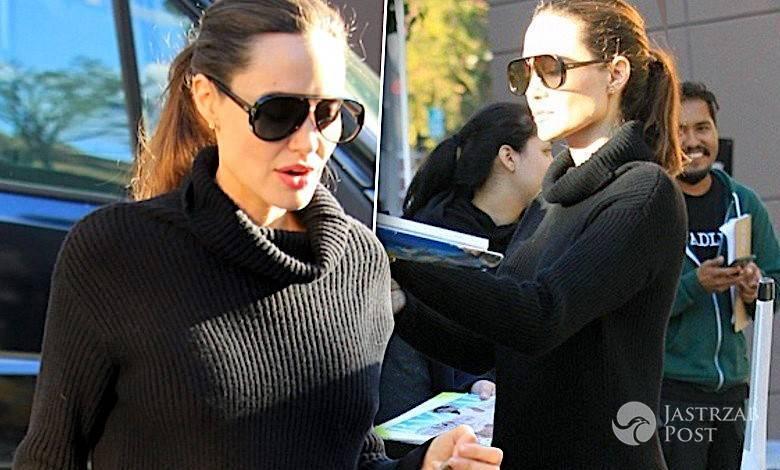 Angelina Jolie w mini pokazała nogi