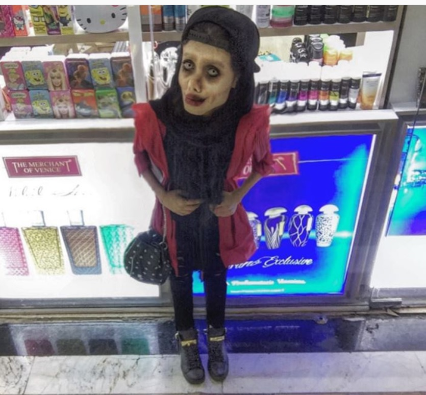 Chciała wyglądać jak Angelina Jolie – młoda Iranka zaszalała