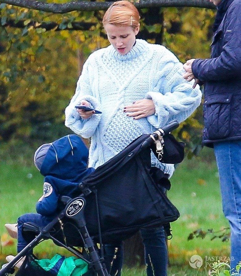Kasia Zielińska w drugiej ciąży na spacerze