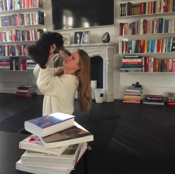 Zdjęcie (6) Kinga Rusin mieszka jak światowa gwiazda! Jej stylowy apartament robi wrażenie